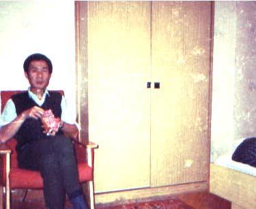 1991年在宾馆里留影 lajiao