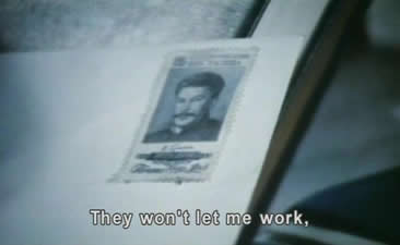 回到家,大师在走投无路的情势下,提笔给斯大林写信,