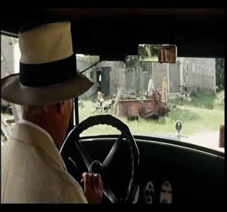Thompson in the movie-1(Still 01:29:00)