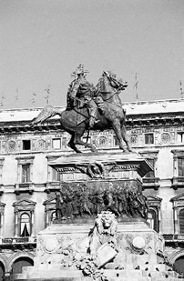 Garibaldi'sstatuary in Milan