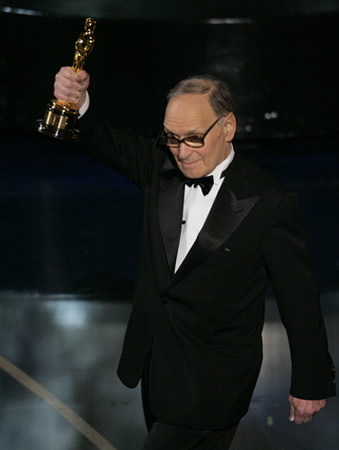 The 79th Oscar award-giving ceremony and a video record broadcasted by China CCTV-6