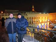 ALEX(俄罗斯,右)