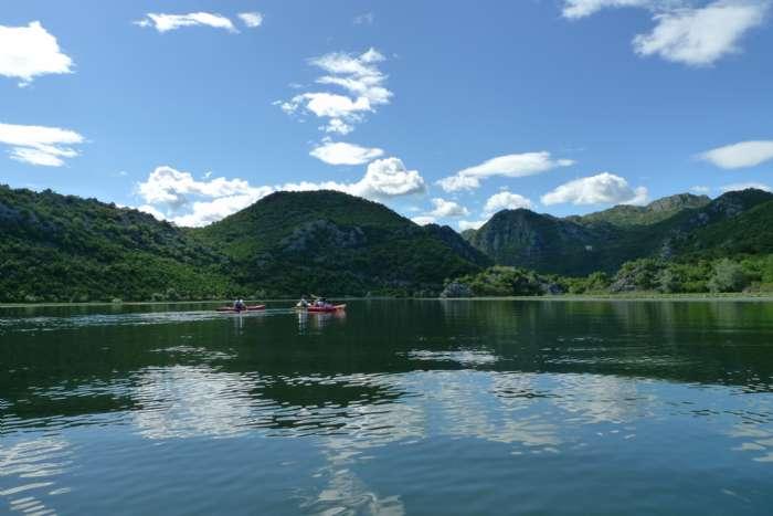 崔远在黑山共和国的照片
