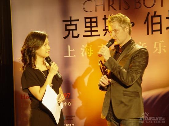 小号手克里斯伯堤出专辑 上海见面会迷倒众生