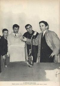 1961年12月22日,意大利杂志《Il Borghese》上刊登的帕索里尼照片