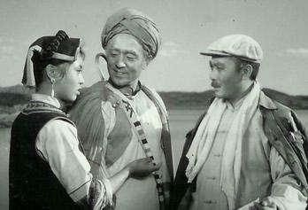 达吉和她的两个父亲(剧照,1961)