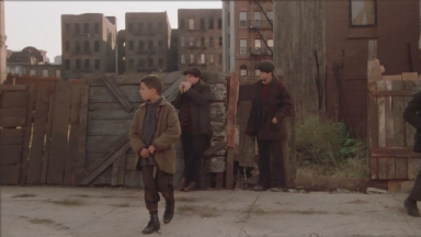 -1-哥儿四个做打劫醉鬼前的准备时,Dominic吹的口哨
