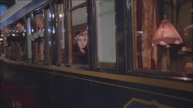 -9-Noodles目送载有Deborah的火车开走时