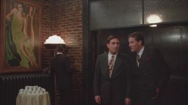 -1-Noodles初次见到地下酒吧时