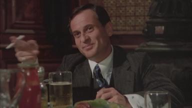 -2-Frankie Manoldi要Joe讲下流笑话时