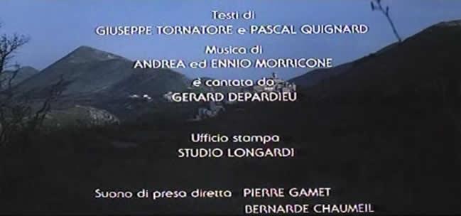 """影片片尾显示电影""""幽国车站""""由埃尼奥 莫里康内和安德列 莫里康内共同谱曲 (01:44:46)"""
